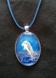 Dolphin Necklace chord (575x1024)