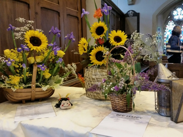 Topsham flower festival bee friendly plants